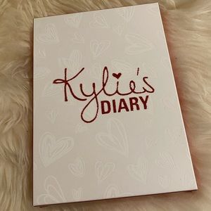 Kylie Cosmetics Makeup - Kylie Cosmetics Valentines Day Diary Pallet